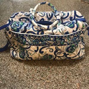 EUC Vera Bradley Mediterranean White Weekender Bag